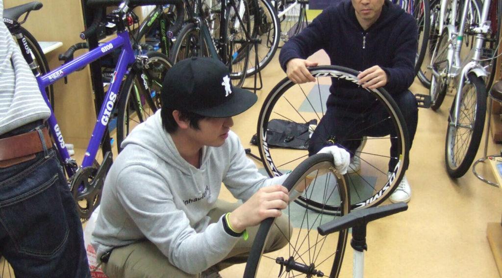 パンク修理講習会で新たな気付き、タイヤの定期交換の重要性