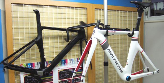 バイクシーズン真っ盛りの自転車屋